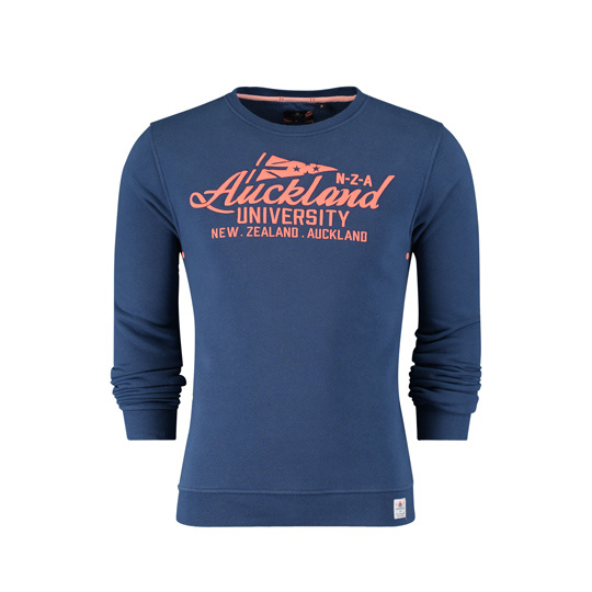 New Zealand Auckland summer navy sweater